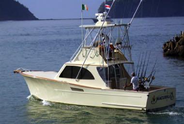 Deep sea fishing costa rica fishing boats for charter for Costa rica fishing calendar